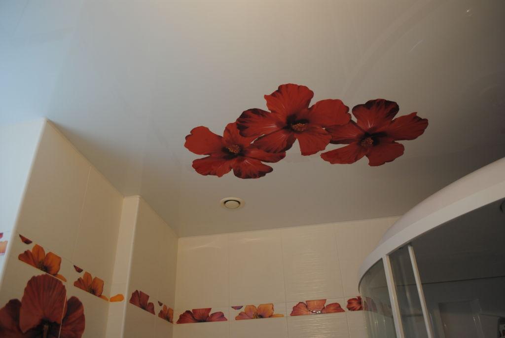 Тканевые потолки в ванной