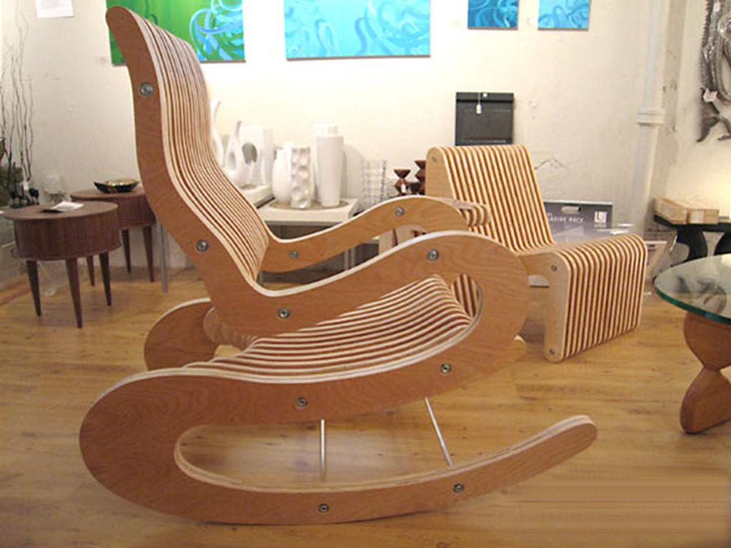 Фанерная мебель гармонично вписывается в интерьер любого помещения