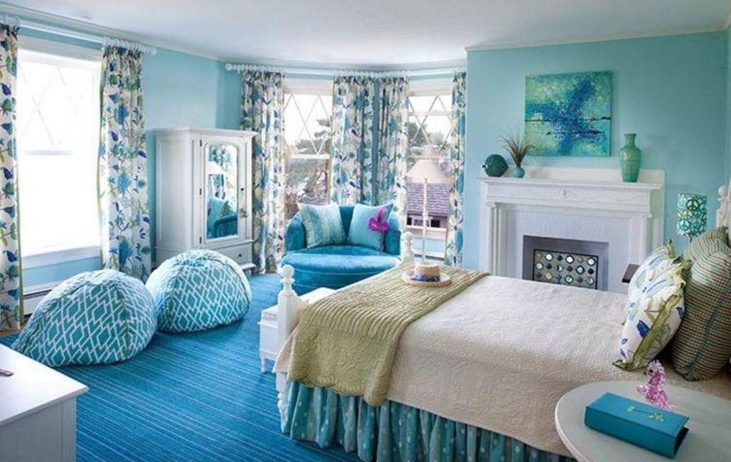 Независимо от того, в каком стиле оформлена голубая спальня, к выбору мебели нужно подойти с особым вниманием
