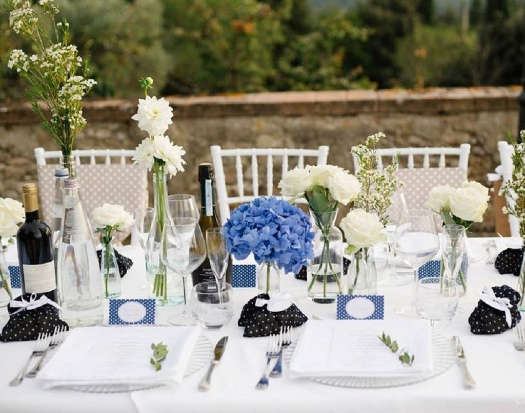 Оформление стола в средеземноморском стиле