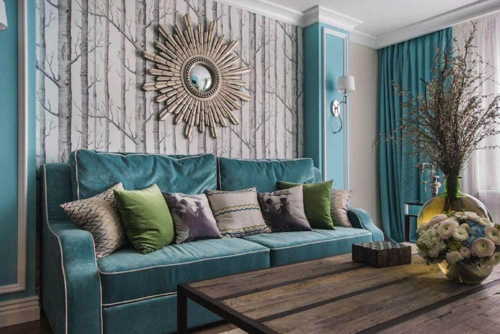 Бирюзовый диван для тех, кто следит за модными тенденциями в мире дизайна