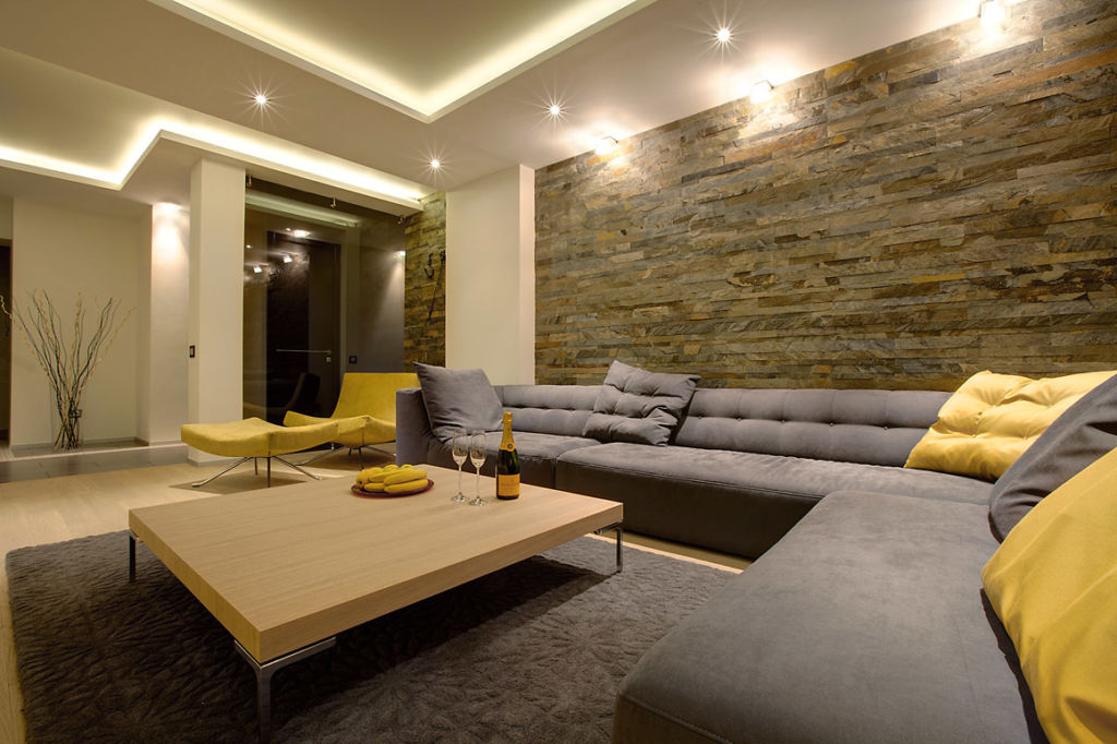 Ковер в гостиной в стиле минимализм