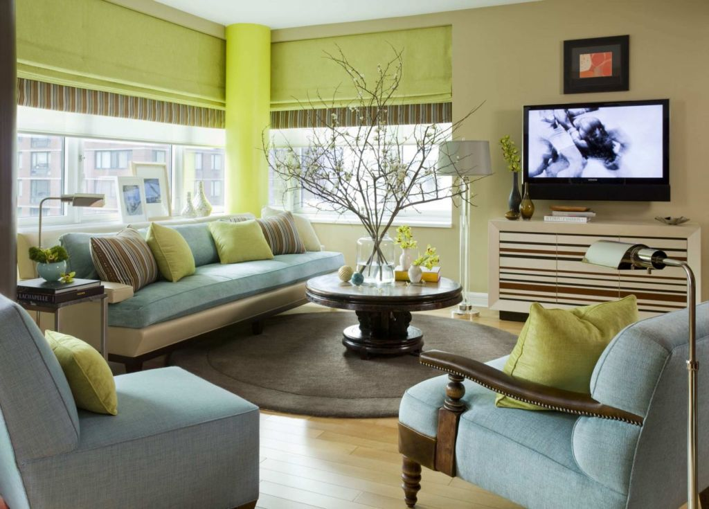 Чтобы гостиная выглядела эффектно, стоит выбирать для ее отделки качественные материалы