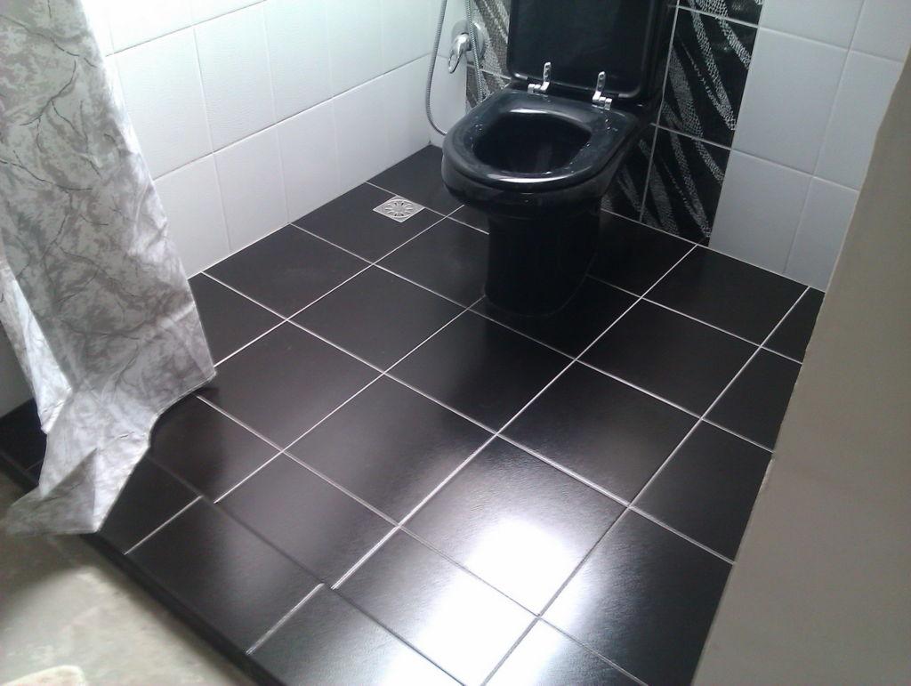 Плитка в туалет поможет достойно украсить это помещение в любом нужном вам стиле