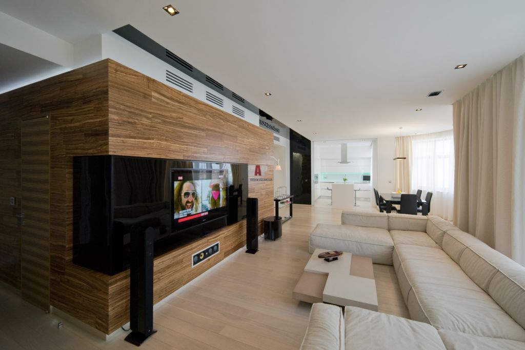 Отделка стен деревянными панелями в гостиной в стиле минимализм