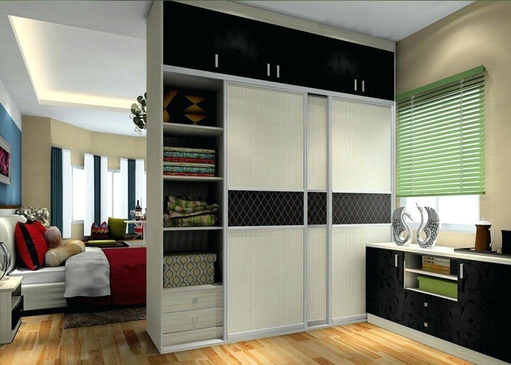 Шкаф комбинированный - перегородка в маленькой квартире