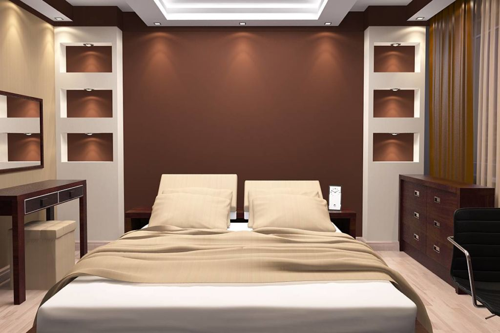 Спальня в коричнево - бежевых тонах