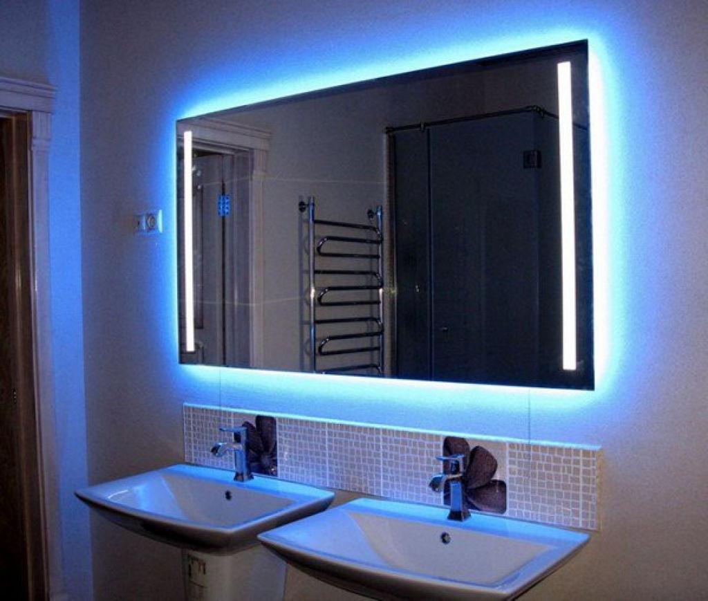 Светодиодная лента подходит как для внутренней, так и для наружной подсветки зеркала