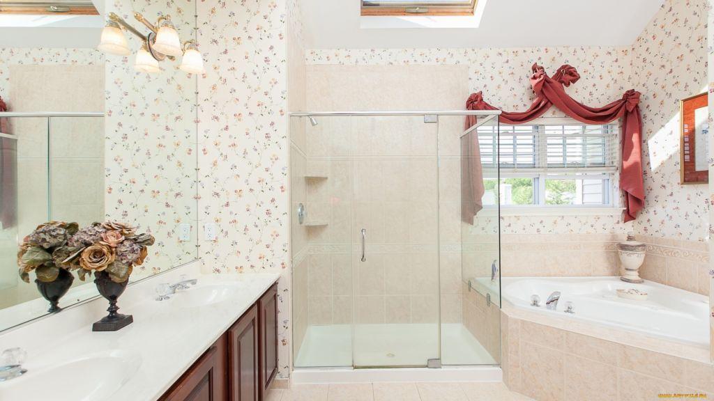 Обои для ванной комнаты один из экономичных вариантов отделки стен