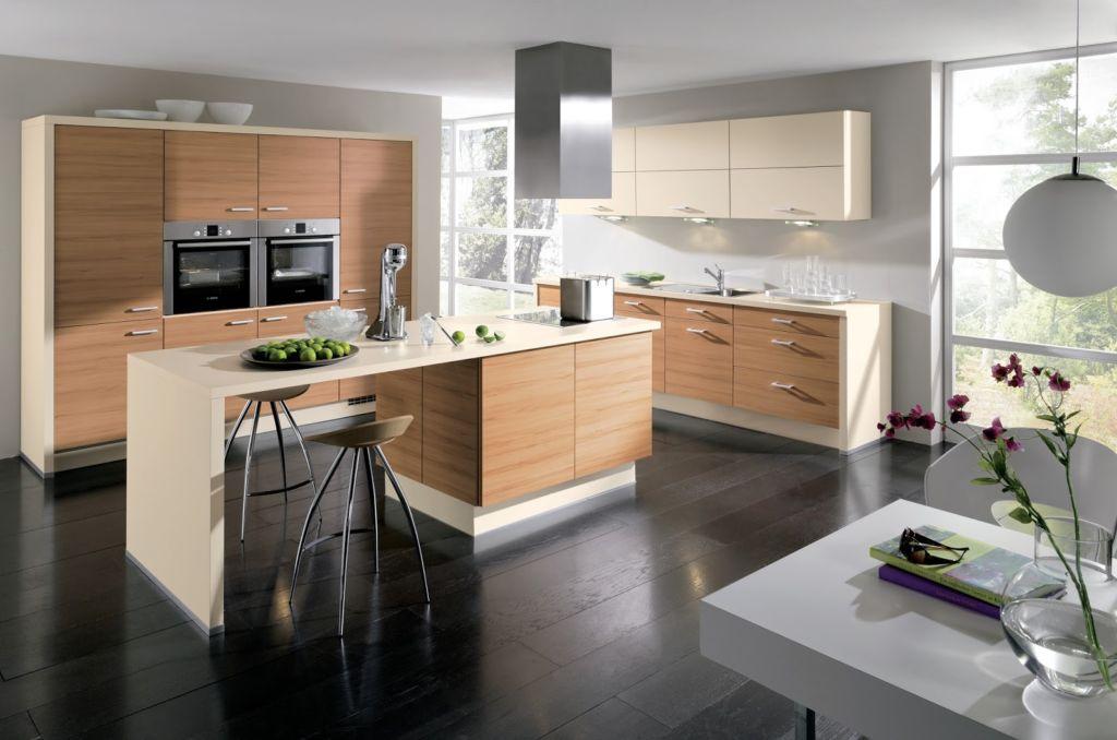 Барная стойка в качестве островка на кухне