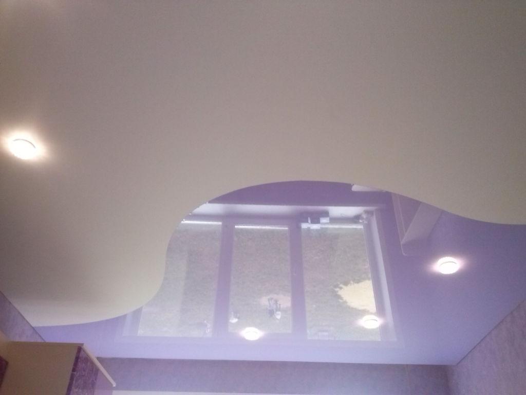 Двухцветный потолок- стильное и эксклюзивное решение вашего интерьера