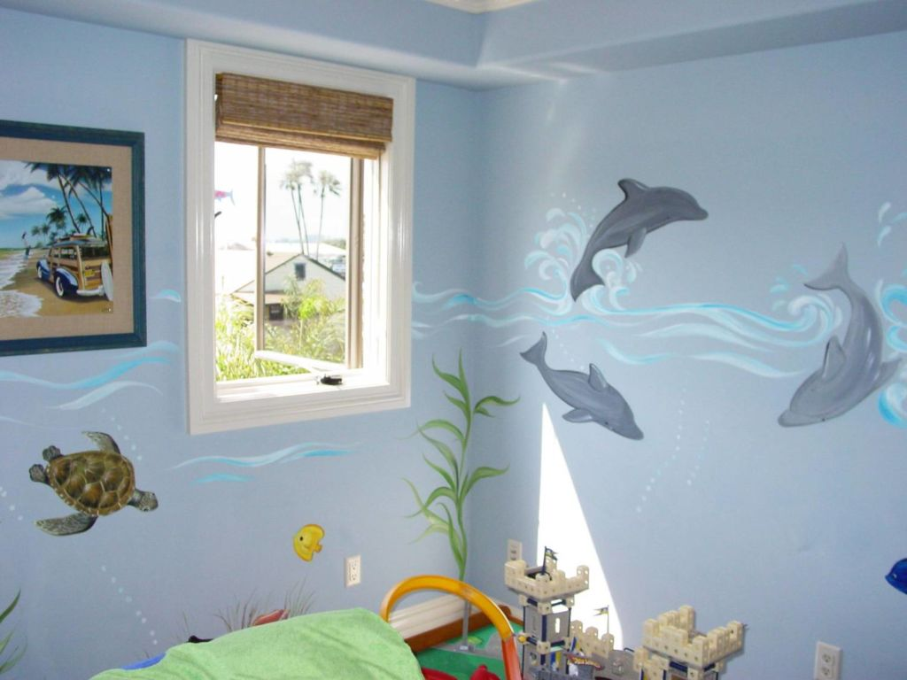 Отделка стен покраской в морском стиле