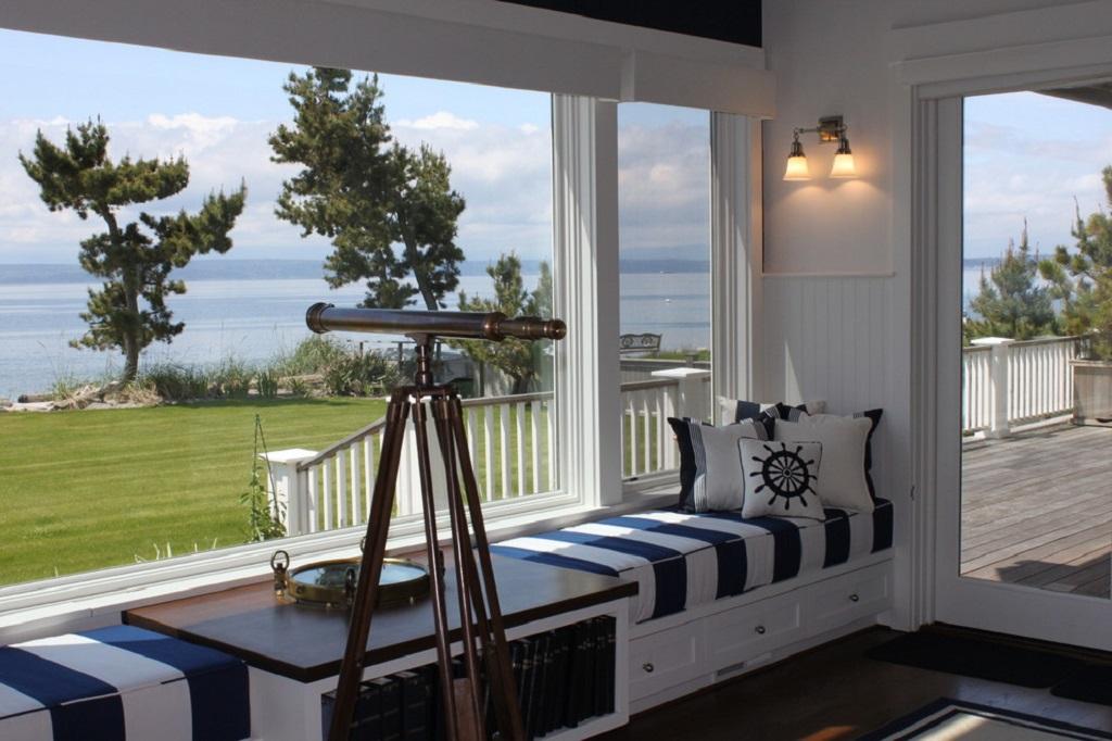 Дизайн балкона в морском стиле
