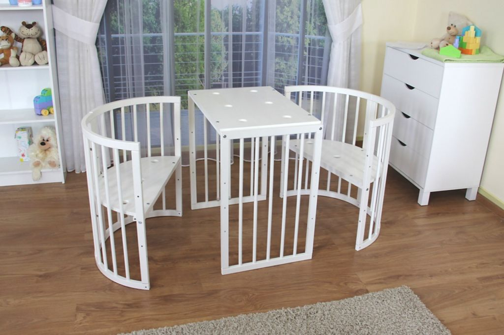 Съемные боковины и регулируемое дно кровати трансформера 8 в 1 могут преобразовать спальное место в столик с двумя маленькими креслами
