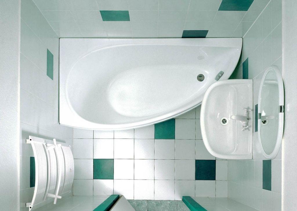 Оборудование для ванной комнаты под лестницей
