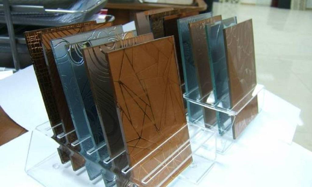 Тонированное стекло для мебели