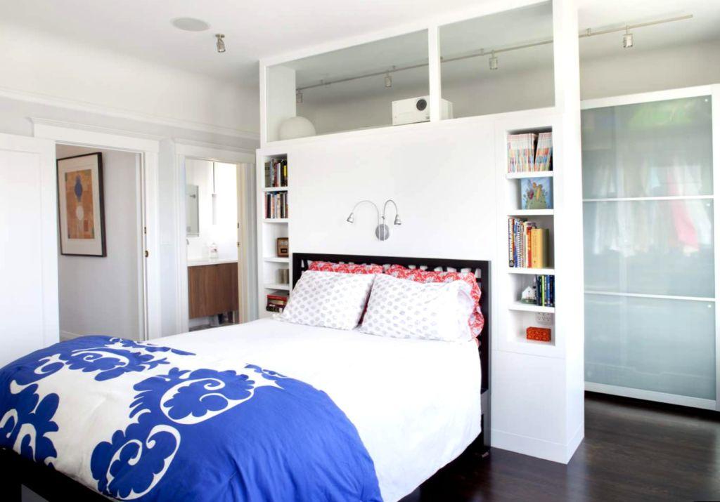Стеллаж-перегородка для комнаты