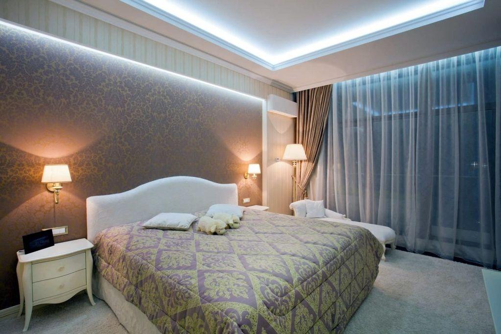 Благодаря лампам дизайн комнаты становится законченным