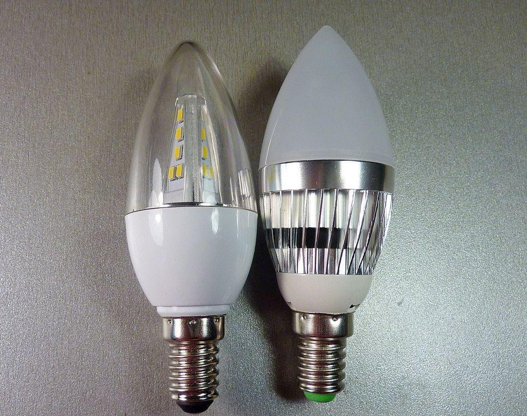 Лампы для бра различаются диаметром цоколя