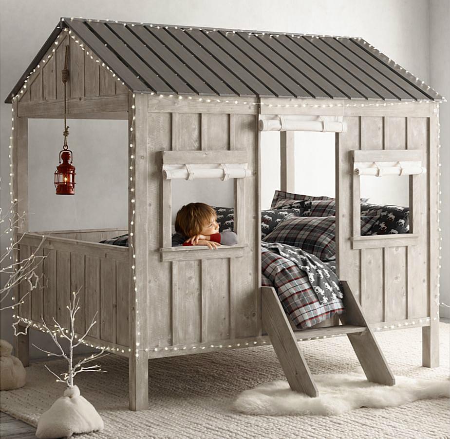 Небольшой дачный домик в квартире