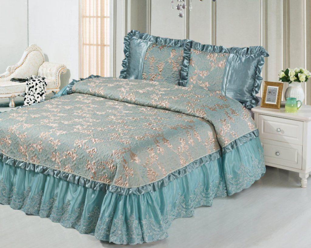 Выбор ткани во многом зависит от дизайна вашей спальни