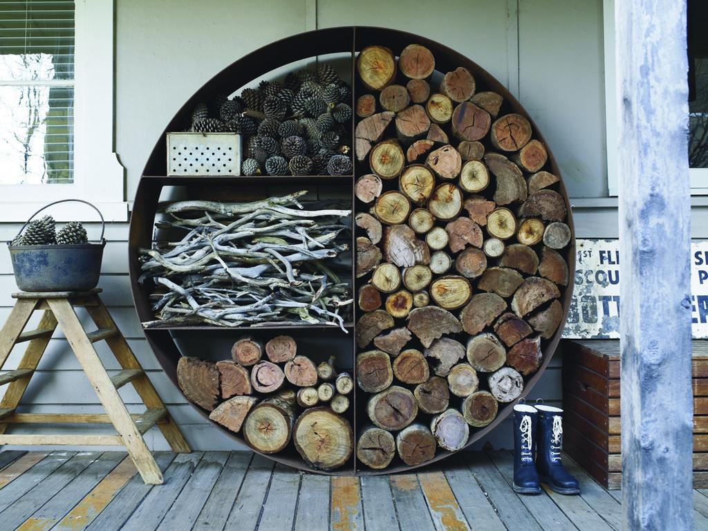 потому дровница из дерева картинки веселая хасеки