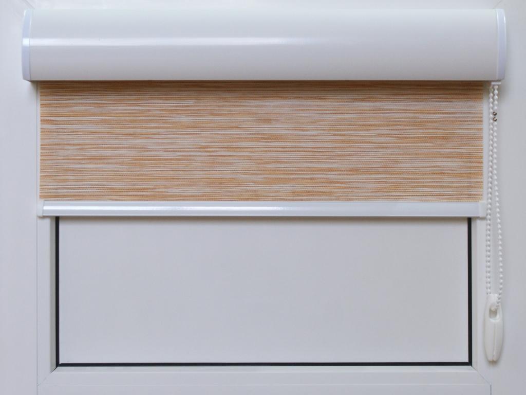 Рулонная штора — популярный и одновременно спорный элемент функционального оформления окна