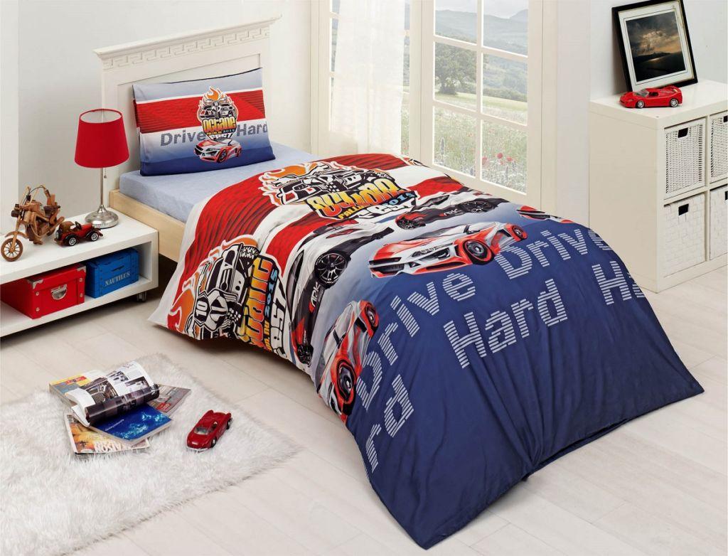 Одеяла 120х160 - востребованный вариант для детей младшего школьного возраста и ребенка-подростка