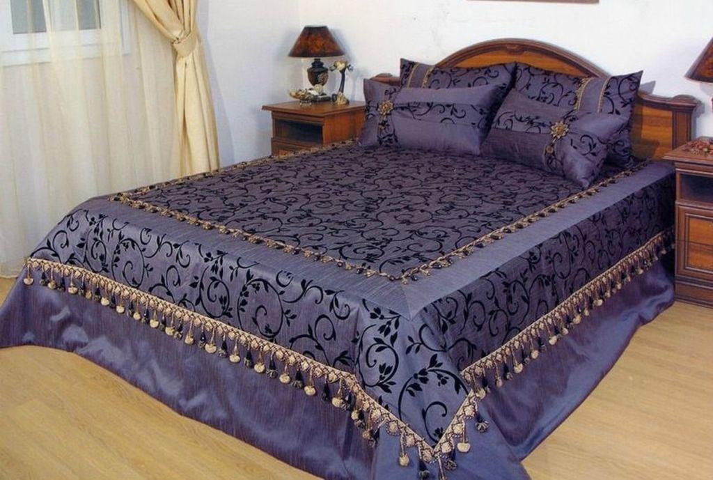 Покрывало на кровать из портьерной ткани своими руками