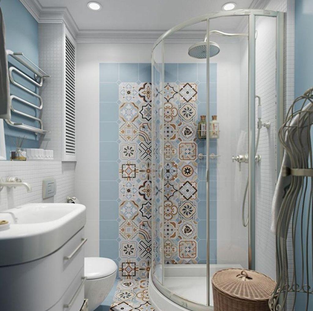 Плетеные аксессуары добавят уюта любой ванной