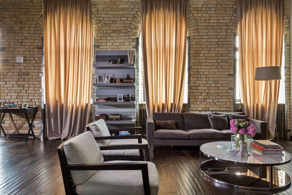 Мебель обычно не ставится вплотную к стенам