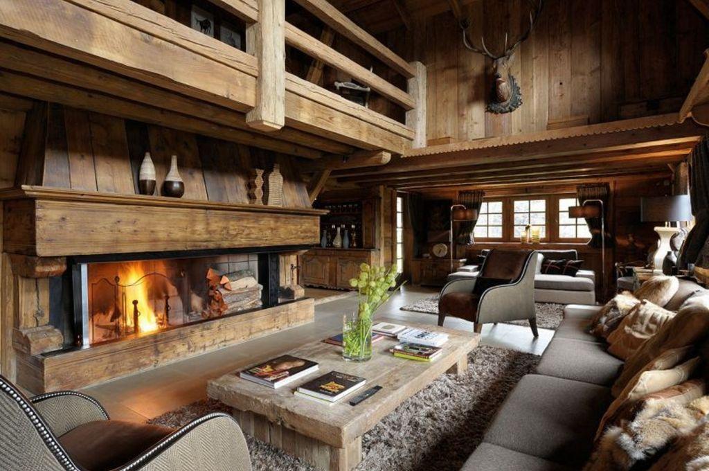 Комната в стиле шале напоминает домик в горах