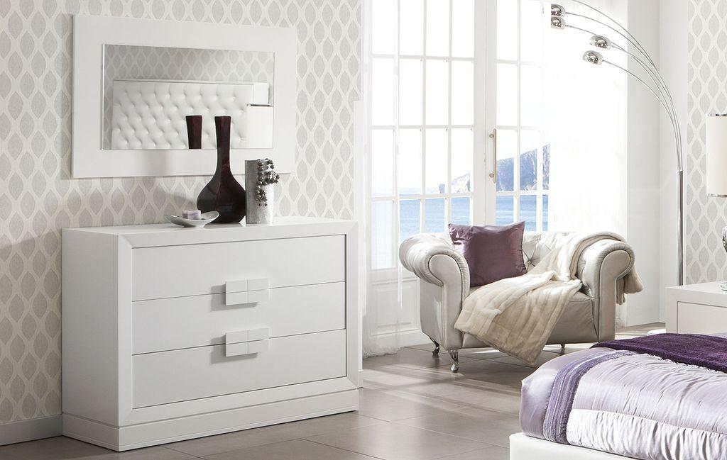 Выбор конструкции и размера нужно осуществлять после анализа размеров комнаты и свободного места