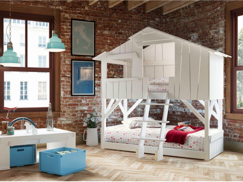 Домик на кровати прекрасно впишется в лофт интерьер