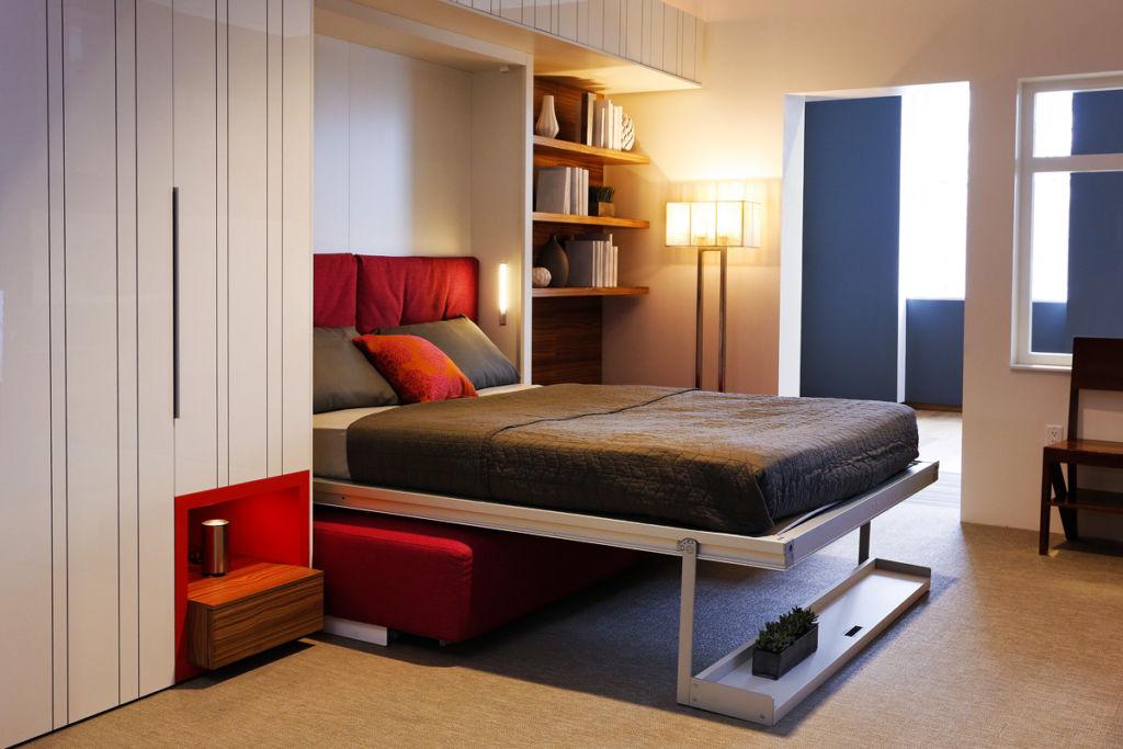 Решая, стоит или нет покупать откидную кровать, надо хорошо взвесить все за и против