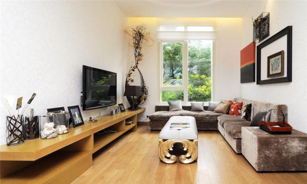 Чтобы узкую вытянутую комнату сделать максимально привлекательной и уютной, следует присмотреться к некоторым дизайнерским приемам