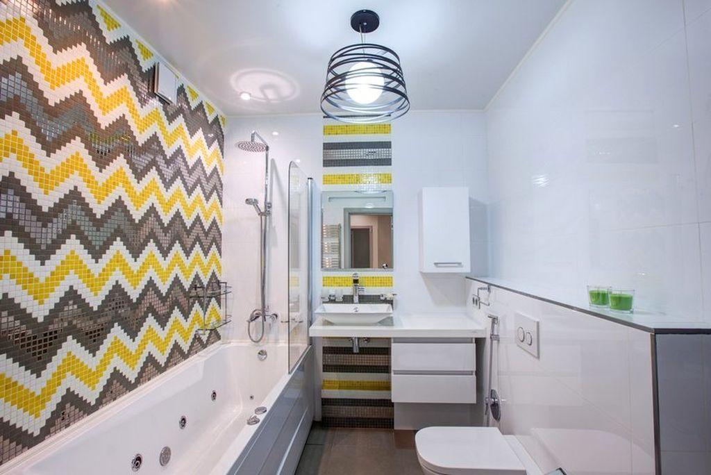 Благодаря такому материалу, как самоклейка, вы сможете сделать интерьер своей ванной в любом стиле