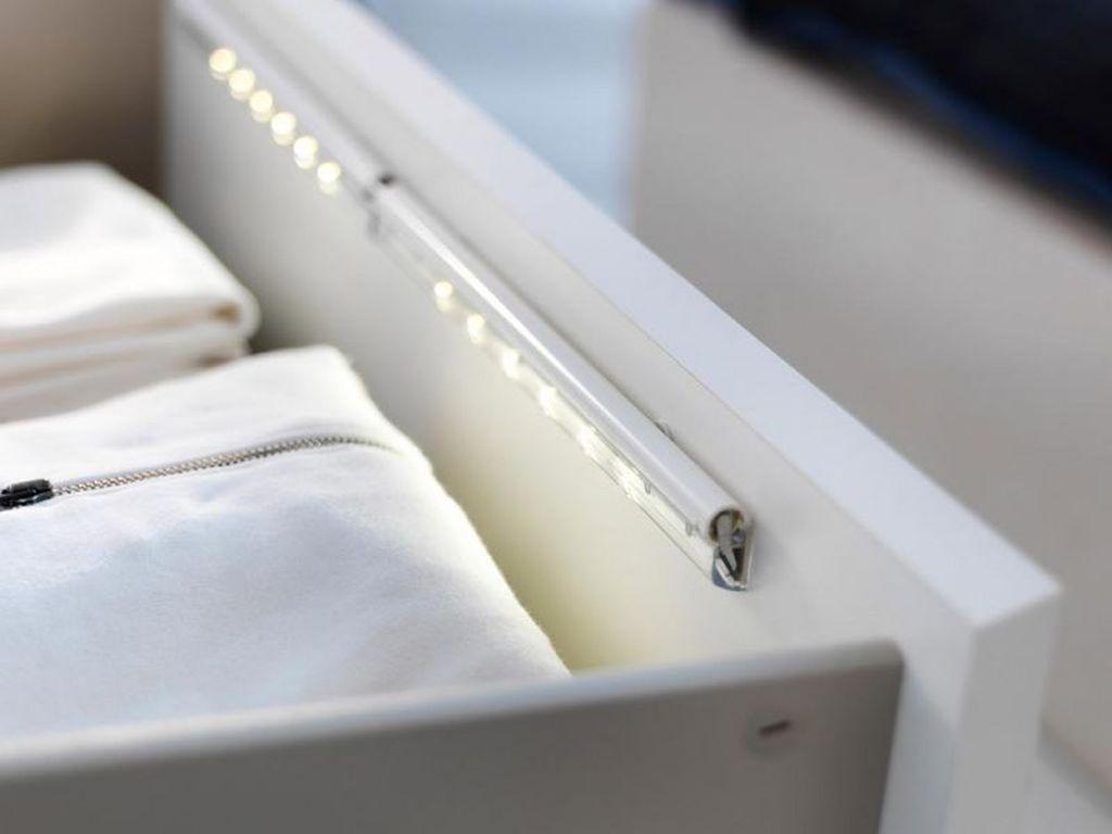Как подключить подсветку в шкафу-купе через контроллер
