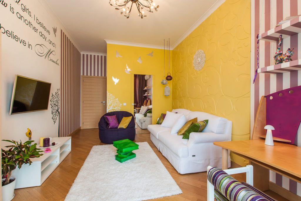 Кровати и диваны-трансформеры хорошо подходят для маленьких гостиных