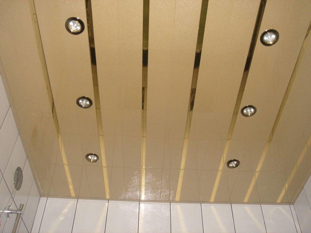 Реечный потолок или панели из ПВХ