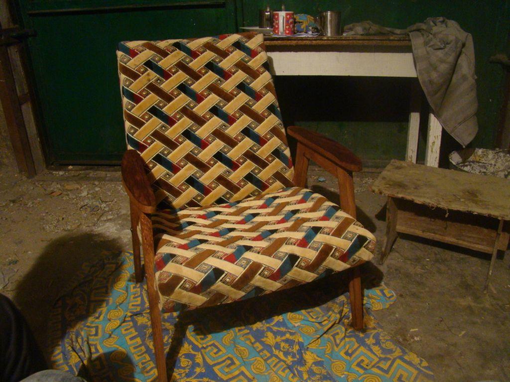 Можно восстанавливать кресло полностью или ремонтировать частично