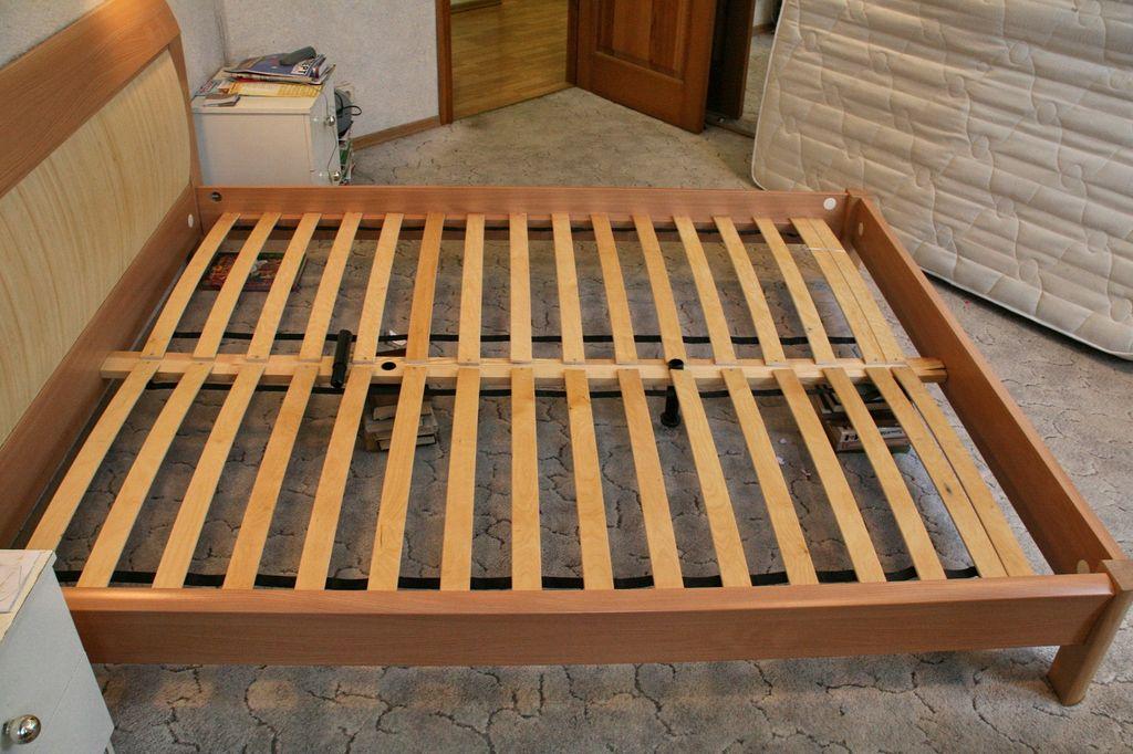 Благодаря ламелям обеспечивается поддержка матраца, для максимально комфортного сна