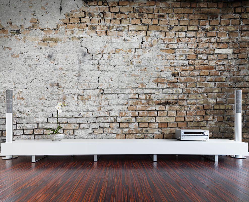 Кирпичная кладка в интерьере комнаты – тенденция не новая в интерьерном дизайне, она пришла к нам из древности