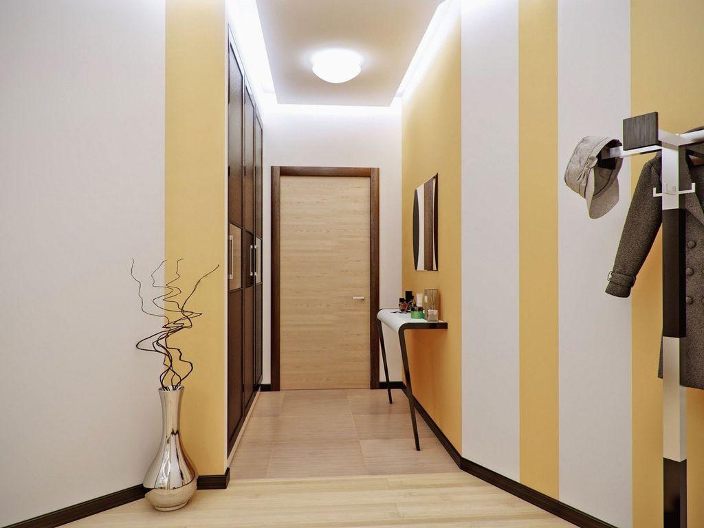 Стены с вертикальными линиями на любой цветовой гамме визуально поднимут потолок