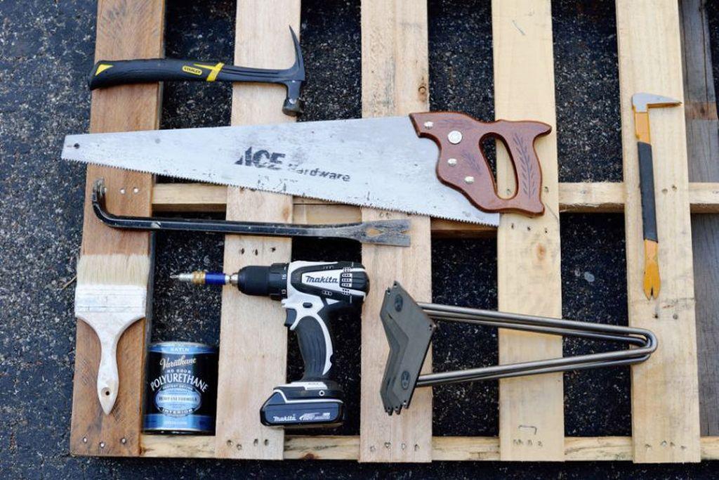 Важно заранее подготовить все необходимые инструменты и материалы