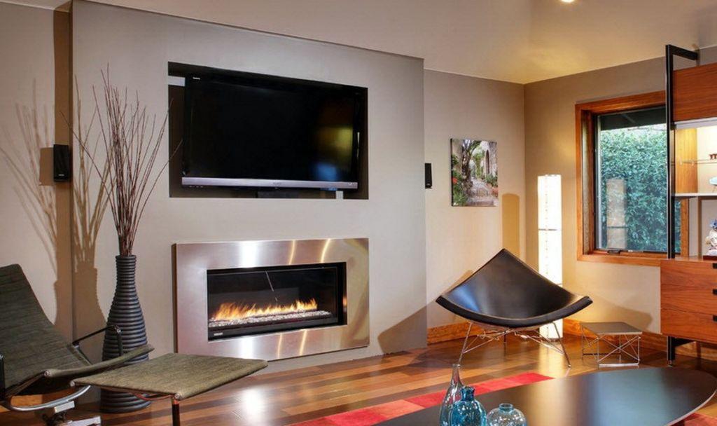 12 идей расположения телевизора и камина в гостиной