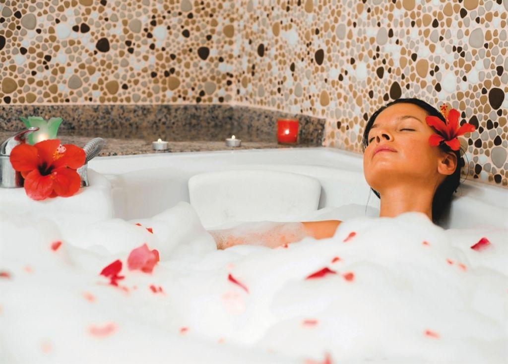 В ванне можно расслабиться после тяжелого дня