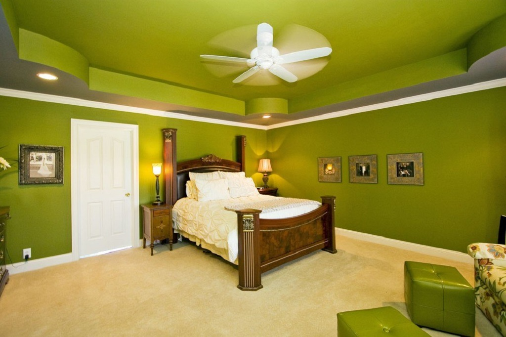Салатовый потолок стабилизирует нервную систему, вызывая всеобщее расслабление