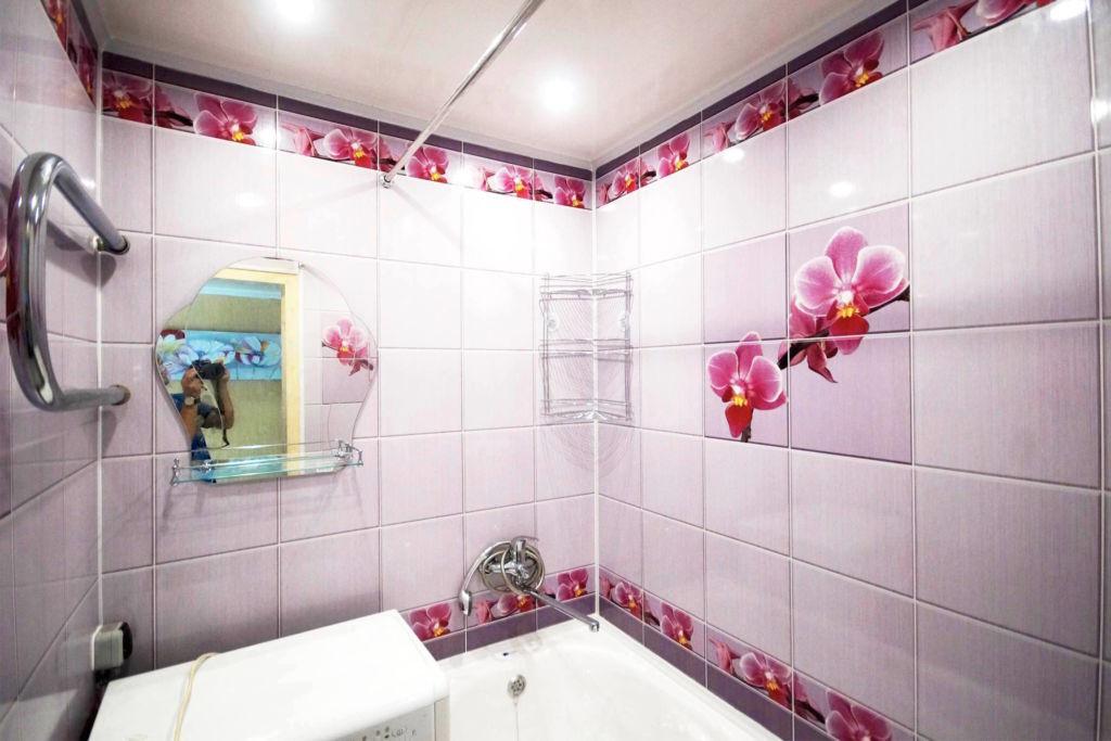 Оптимальный вариант для отделки маленького помещения – светлые оттенки плитки
