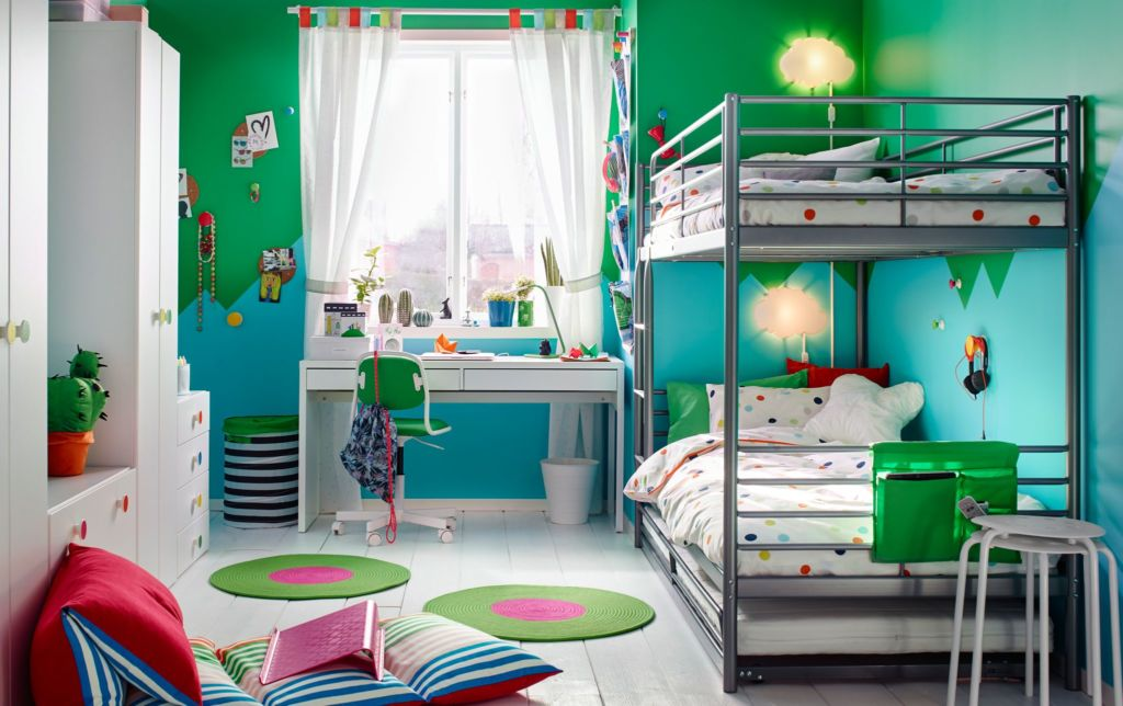 Спальня в сине-зеленой гамме